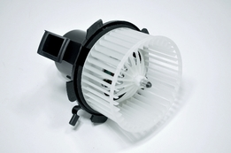Мотор вентилятора отопителя (печки) Smart Fortwo 07->